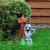 Декор беседки фигурка Волк с табличкой