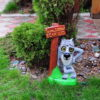 Садовый декор Волк с табличкой